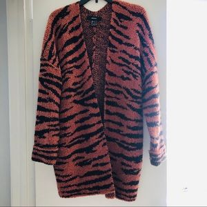 🛑sale!! Tiger stripe over size sweater!